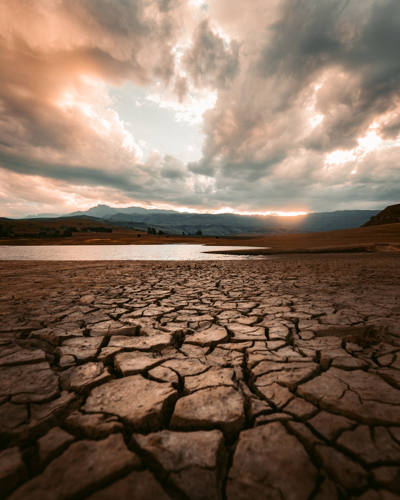 Environment, natural resources and climate change